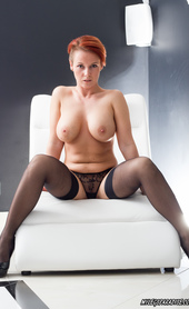 Vicky hot redhead in stockings